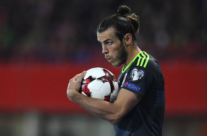 Gareth Bale von Wales im Spiel gegen Österreich während der WC 2018 QualiAustria in Wien am 6. Oktober 2016. / AFP PHOTO / JOE KLAMAR