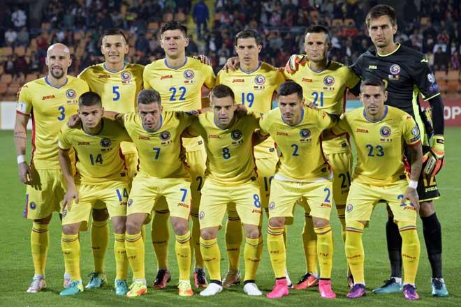 Rumäniens Nationalmannschaft beim WC 2018 Qualifikationsspiel zwischen Armenien und Rumänien in Yerevan am 8. Oktober 2016. / AFP PHOTO / Karen MINASYAN