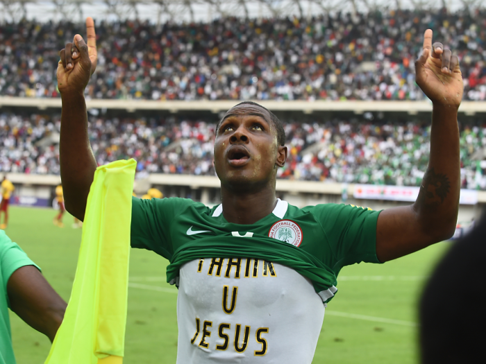 Der Nigerianer Odion Ighalodankr Jesus am 1.September 2017 für die WM-Qualifikation. / AFP PHOTO / PIUS UTOMI EKPEI